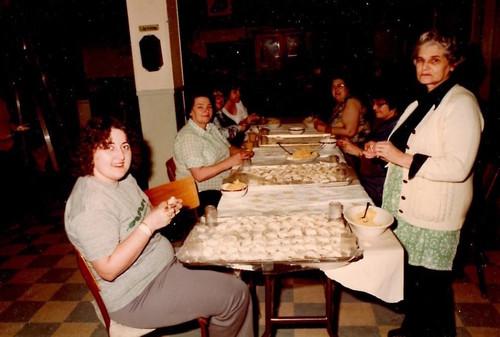 72_kitchenworkers1 copy.jpg